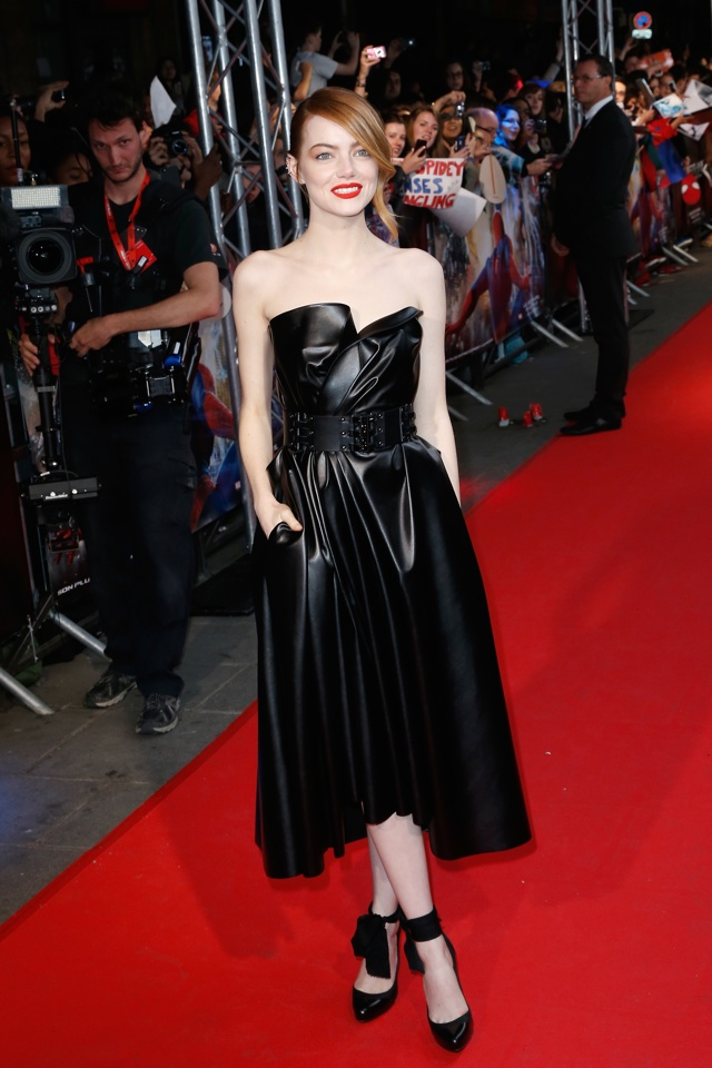 emma-stone-lanvin-leather-dress-spiderman-2-premiere-paris