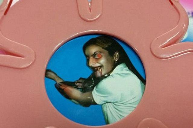 Toddler toy reveals photo of girl slashing wrists