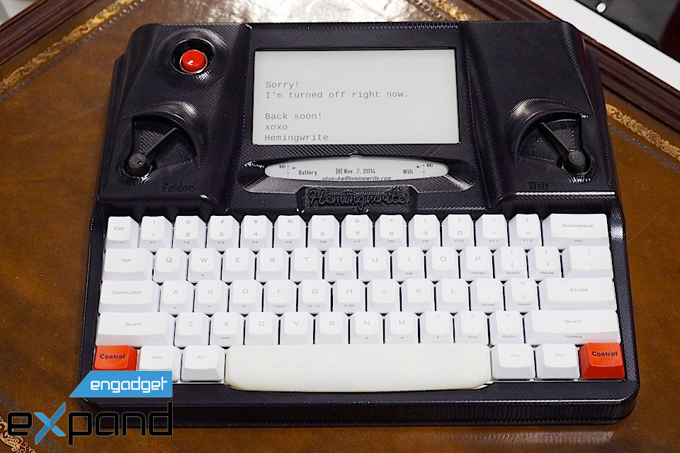 60 seconds with Hemingwrite, an E Ink typewriter