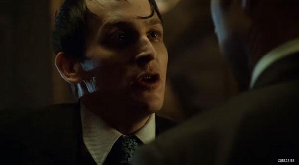 「あなたはバットマン派?スーパーマン派?」 人気海外ドラマ『GOTHAM/ゴッサム』のペンギンに聞いてみた!【動画】