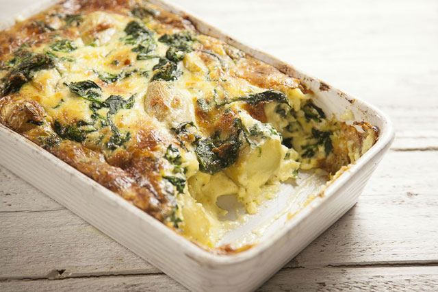 New potato, spinach and gruyère bake recipe