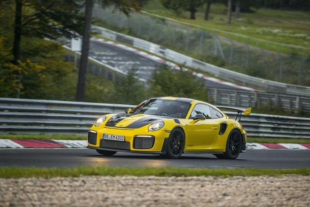 【ビデオ】ポルシェの新型「911 GT2 RS」、ニュルブルクリンクで量産車最速タイムを更新!
