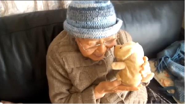 90歳お婆ちゃんユーチューバーの更新がない・・・ 安否気遣うネットユーザーに返信
