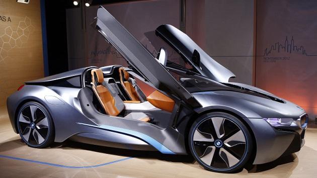 待望のBMW「i8」ロードスター、ついに2018年に生産か?