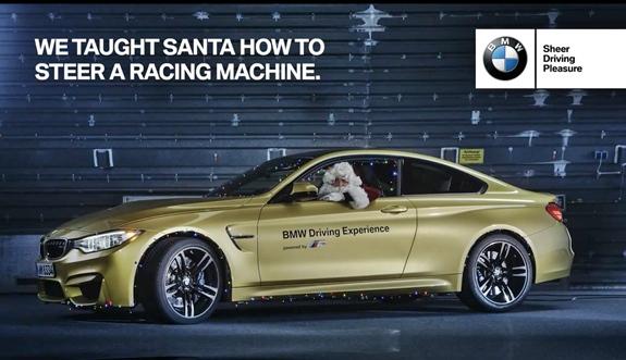 Der Weihnachtsmann fährt BMW