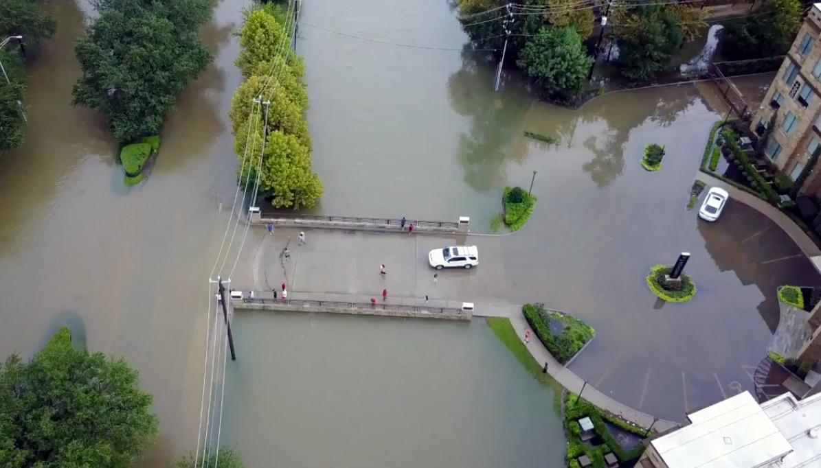 Hurrikan Harvey: Drohnen-Videos der Flutkatastrophe