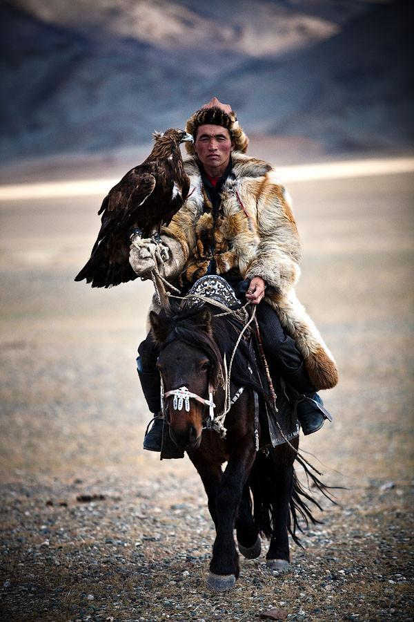 manliest photos on the internet, funny manly images, mongolian hunting with eagle