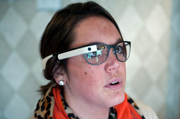 A woman tries Google Glass