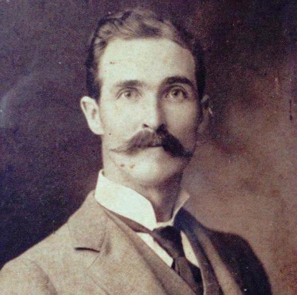 dude's great grandfather looks like matthew mcconaughey