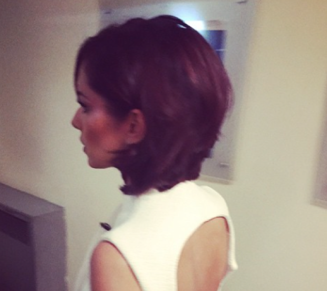 Cheryl Fernandez-Versini Instagrams new short hairdo!