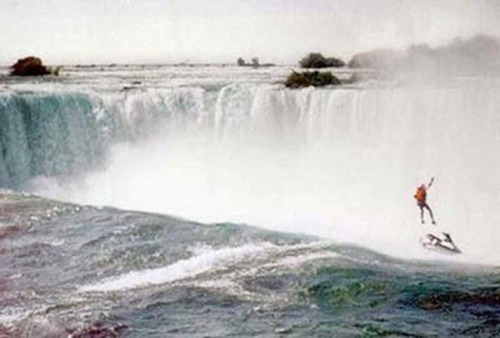 manliest photos on the internet, funny manly images, robert overacker jet ski niagra falls