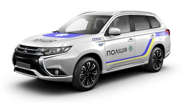 ウクライナ警察が、651台の三菱「アウトランダーPHEV」を購入!
