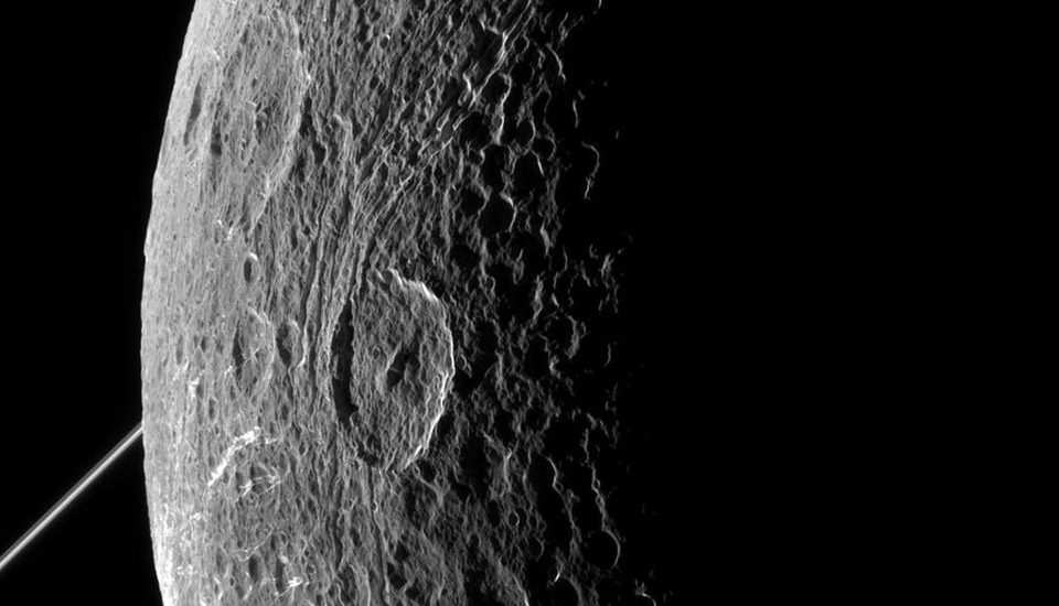 Cassini captures detailed images of Saturn's moon Dione