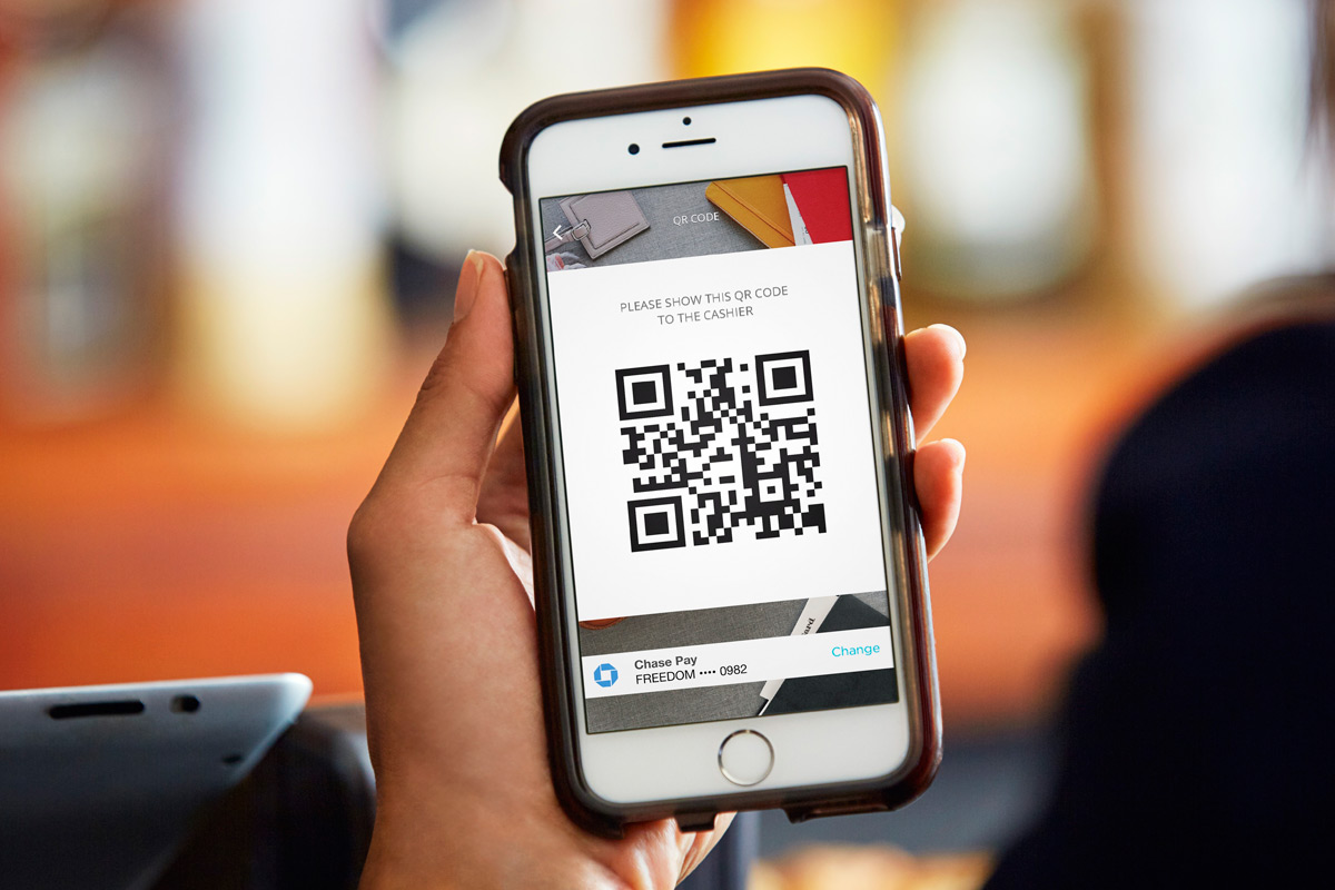 Chase hopes you'll use its shopping app instead of Apple Pay
