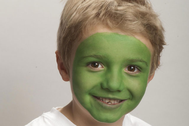 Face painting ideas: Alien