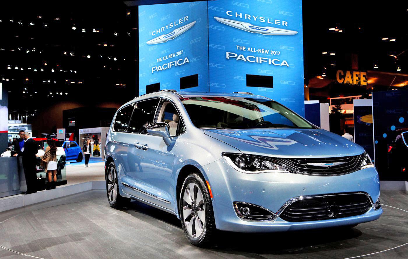 Google 39 S Self Driving Tech Goes Into Chrysler Minivans