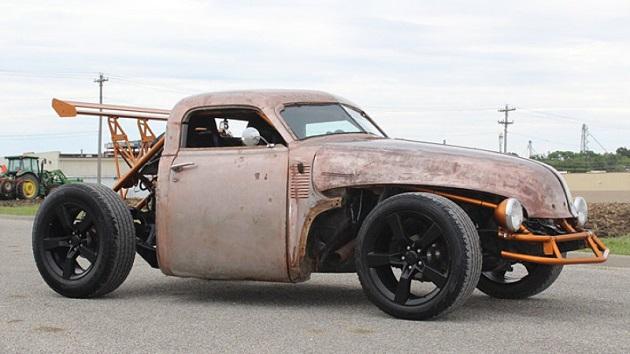 この1947年型シボレーはピックアップ・トラック? それともスポーツカー?
