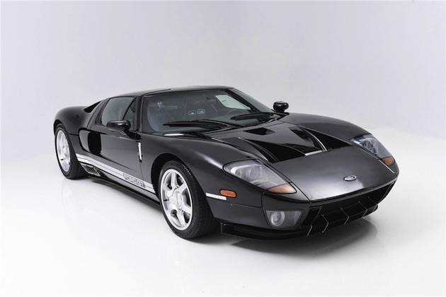 最高出力550馬力なのに最高速度は8km/h!? 先代「フォードGT」のプロトタイプがオークションに登場