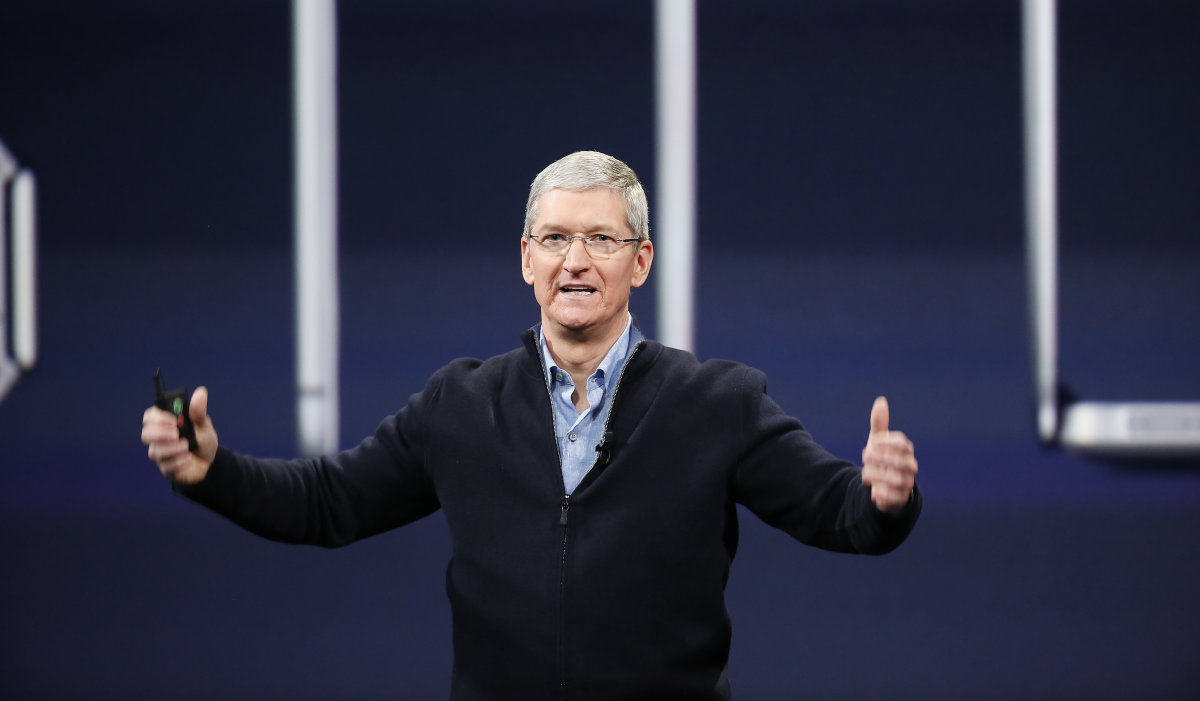 Tim Cook says Apple will learn from discrimination seen in Australia store