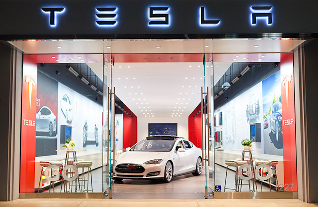 FTC airs support for Tesla's direct-to-consumer sales