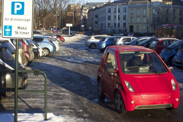 ノルウェー政府、ガソリンおよびディーゼル・エンジン搭載車を禁止する計画を否定