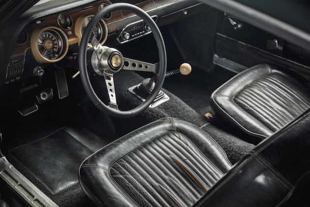 Original 1968 Mustang from movie Bullitt - interior 1
