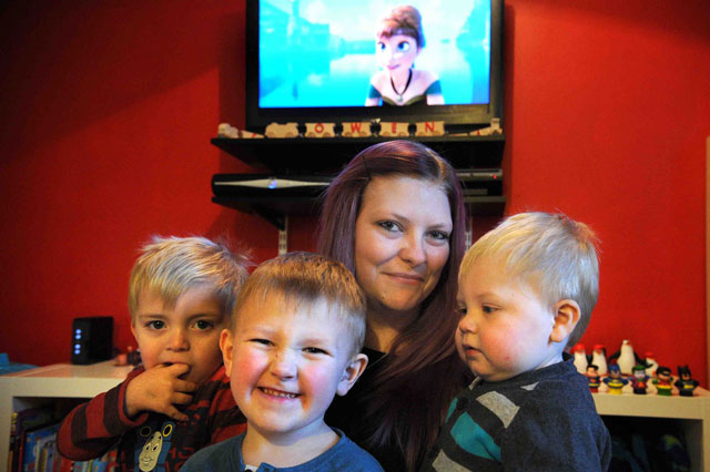 Mum plays Frozen DVD five times a day for five months because her boys just won't Let It Go!