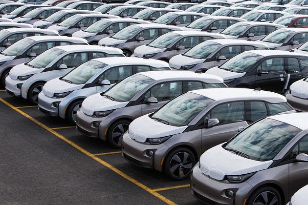 BMW、「i5」を使い勝手のよいファミリー向け新型電気自動車として開発中?