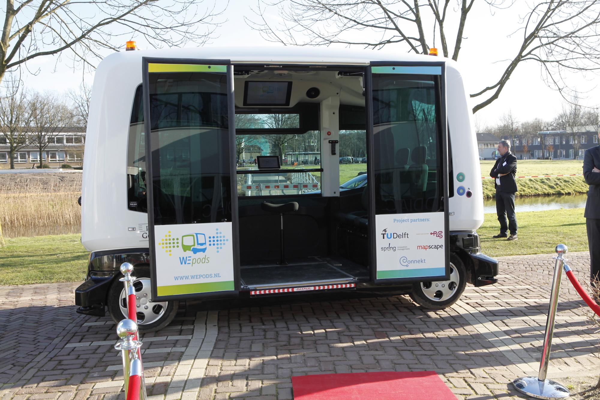 Este autobús sin conductor ya se mueve por las calles de Holanda