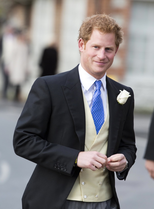 Prince Harry, Princess Beatrice and Princess Eugenie steal the limelight at winter wedding
