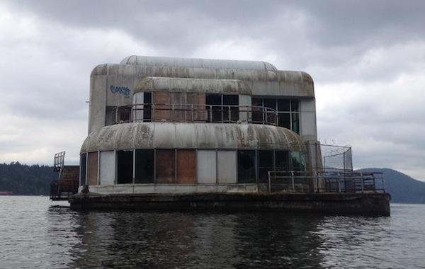 creepy floating mcdonalds, abandoned mcdonalds, mcbarge
