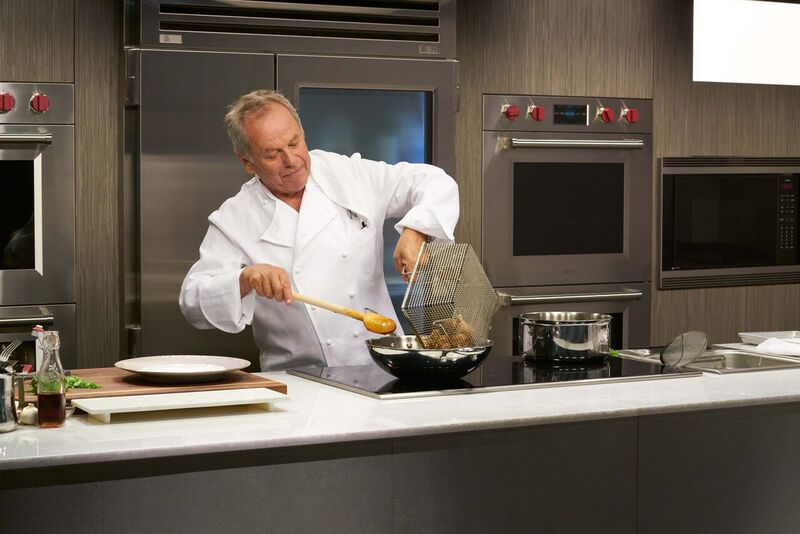 Wolfgang Puck Cooking School