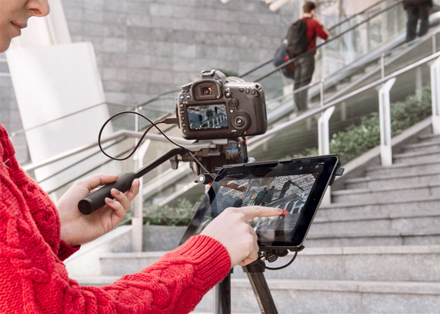 Manfrotto turns your iPad into a giant DSLR remote