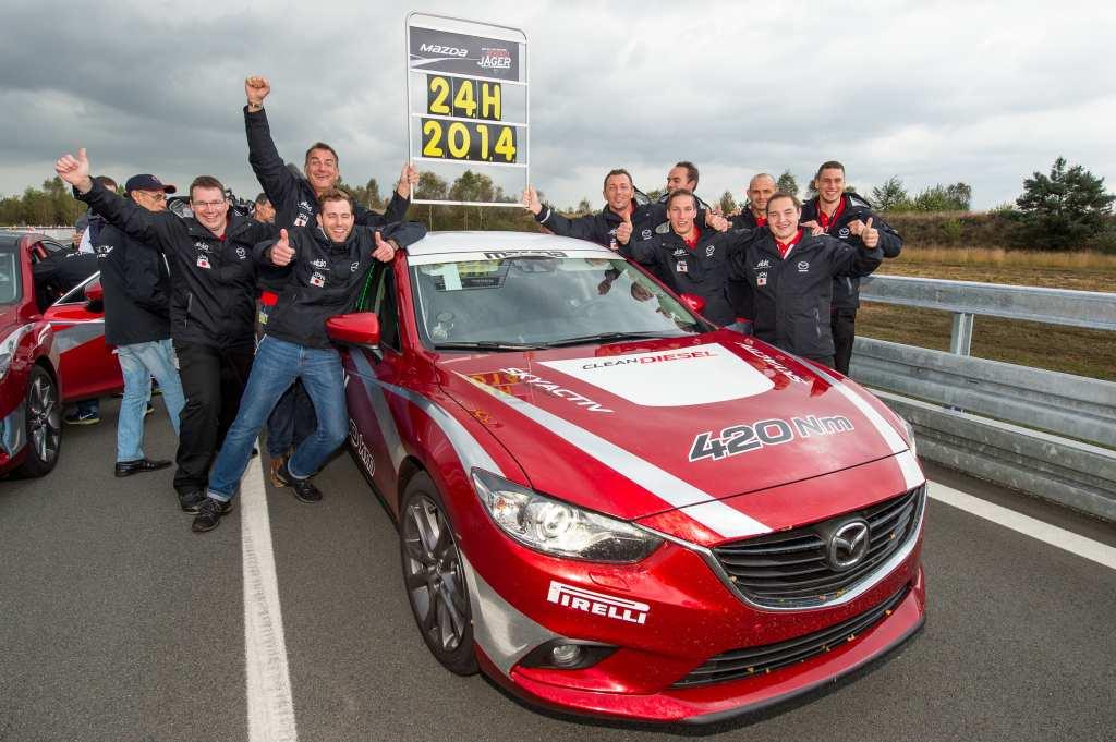 Mazda, Diesel, Mazda 6, Rekordfahrt, weltrekord, papenburg, rekordjäger, Fia, Fia rekord, Fia weltrekord