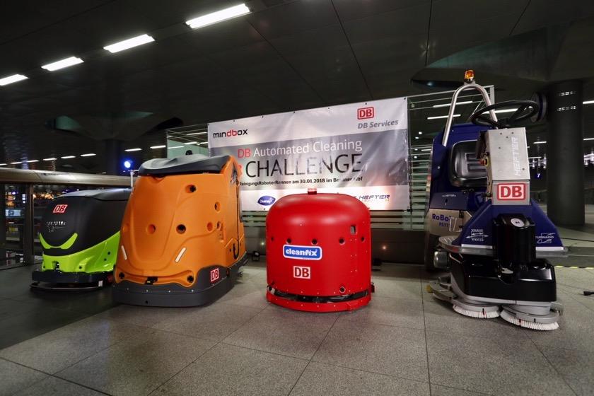 Wettrennen in Berlin: Bahn testet Reinigungsroboter im Hauptbahnhof