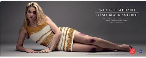 「青と黒ドレス(#TheDress)」の拡散力を利用したDV撲滅キャンペーンがナイスアイデアすぎる