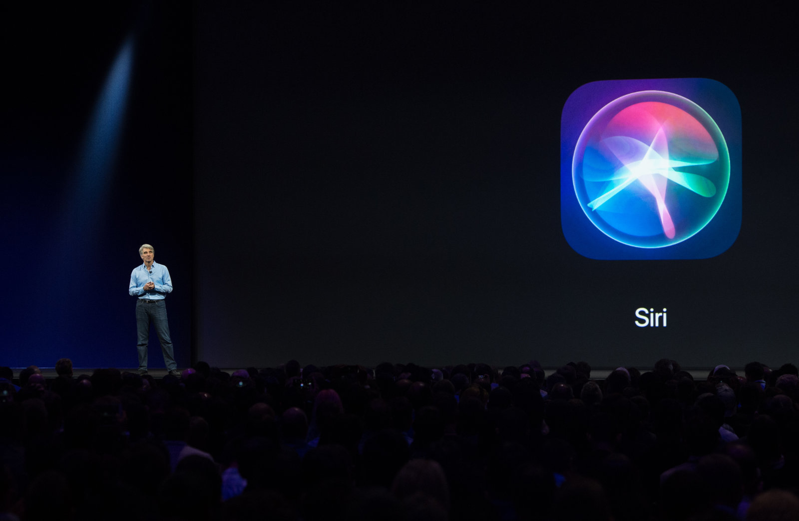 Apple's Senior Vice President of Software Engineering Craig Federighi speaks on stage during Apple's World Wide Developers Conference in San Jose, California on June 5, 2017. / AFP PHOTO / Josh Edelson        (Photo credit should read JOSH EDELSON/AFP/Getty Images)
