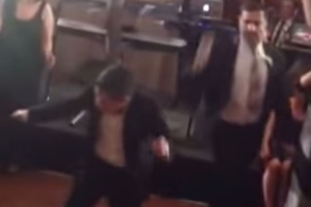 Dad vs Son: Hilarious wedding dance-off (video)