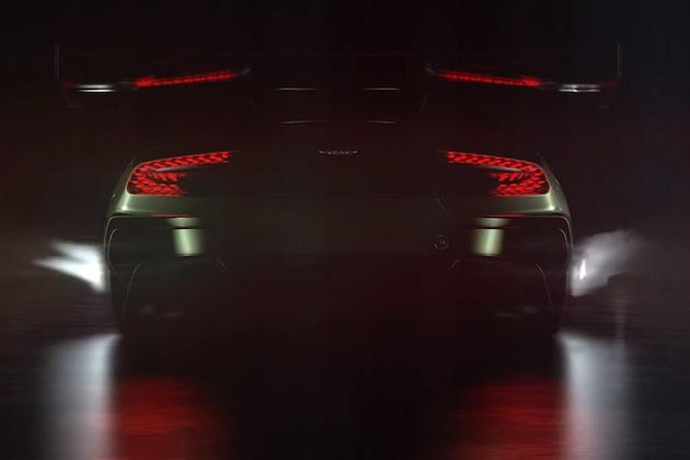 【ビデオ】アストンマーティン、謎の新型車「ヴァルカン」が火を噴くティーザー映像を公開!