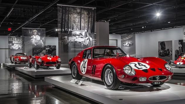 【特集】全て赤で統一したフェラーリ創立70周年を記念する展示が、ピーターソン自動車博物館で開催中!