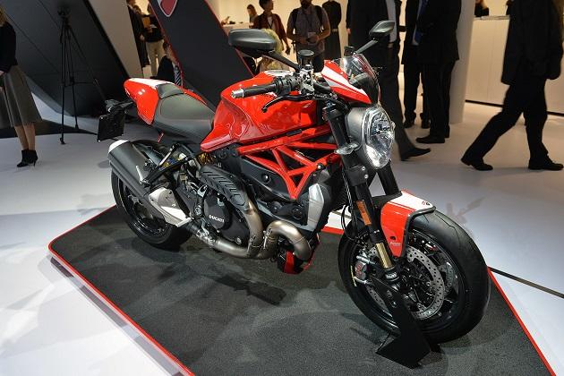 【フランクフルトモーターショー2015】ドゥカティから、さらにパワフルな新型「モンスター1200 R」が登場(ビデオ付)
