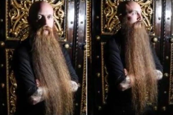 英国一長いあごひげを持つ男性! 長さは約70センチ!