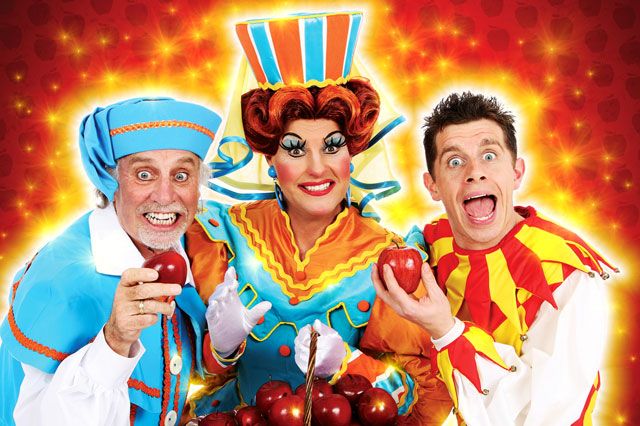 Clive Webb, Danny Adams and Chris Hayward in Snow White and the Seven Dwarves