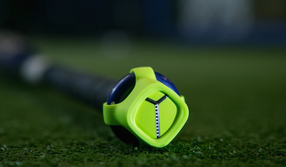 Zepp takes a swing at baseball with its tiny data analyzer