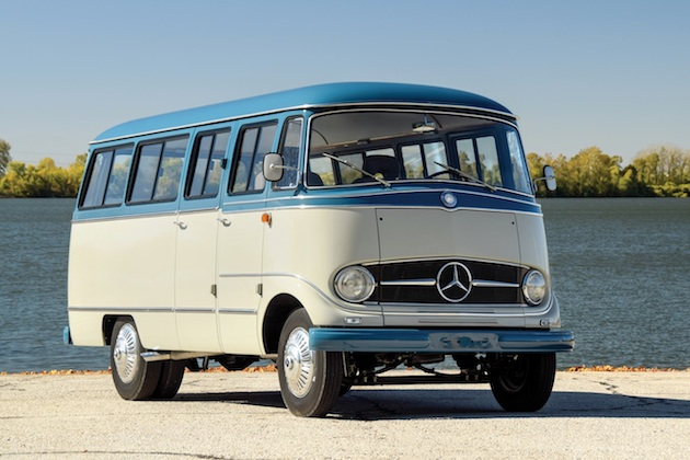 現代的なキャンピングカーに改造された1959年型メルセデス・ベンツ「O 319」がオークションに出品!