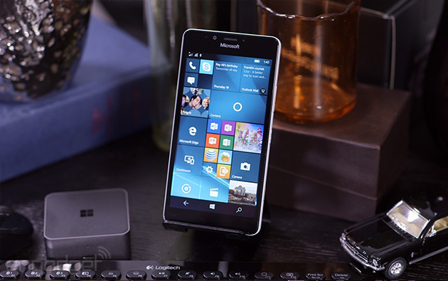Microsoft Lumia 950 review: Not a flagship, but a first step