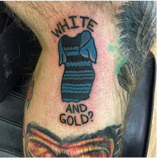 ネット上で話題の「黒と青」か「金と白」か?ドレスをタトゥーで彫った男がバカすぎる