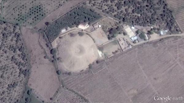 ペルーにある謎の火山状のピラミッドを米研究チームが調査