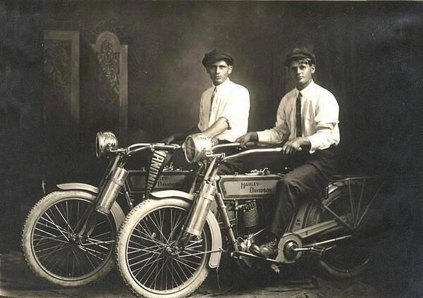 manliest photos on the internet, funny manly images, william harley william davidson 1914