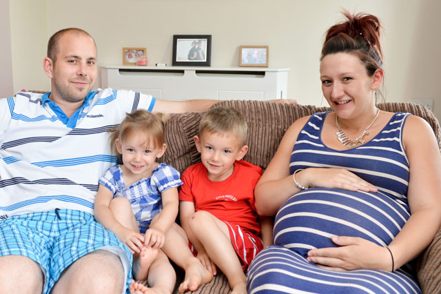 Pregnant mum, 21, set to become youngest woman in Britain with TWO sets of twins
